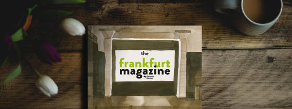 Cover of the Frankfurt Magazine on a wooden table